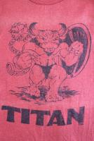 Titan - T-Shirt (XL) (Red)