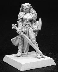 Finari - Crusader Hero