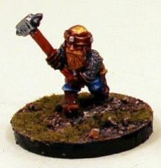 Young Armored Dwarf w/Hammer