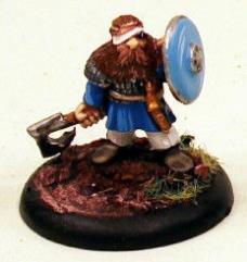 Dwarf Noble in Head Bandage w/Axe & Shield