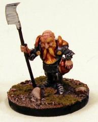 Dwarf Hero in Plate Armor w/Halberd