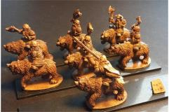 Dwarian Bear Cavalry w/Axe and Shields (Half-Pack)