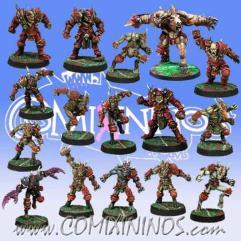 Kaos Team of 16 Players w/Minotaur