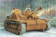 10.5cm StuH.42 Ausf.G w/Zimmerit