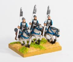 Cavalry w/2-Handed Cut & Thrust, Javelin, Bow, & Shield - Heavy