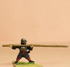 Grenadier Heavy Pikemen in Helmet w/Pike Forward
