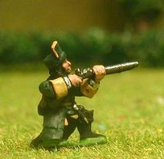 Dismounted Spanish Dragoon - Kneeling & Firing