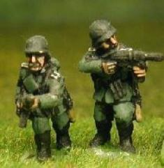 Infantry w/Submachine Guns