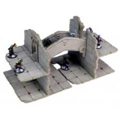 Frozen City Ruins - Two-Storey Walls with Bridge (Pre-Painted)