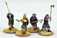 Dismounted Knights w/Double-Handed Weapons