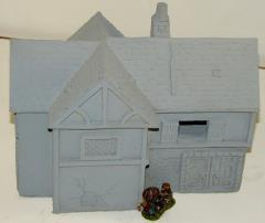 Green Dragon Inn w/Removable Roof and Upper Level