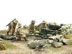 Artillerymen in Colonial Uniform w/47/32 Anti Tank Gun