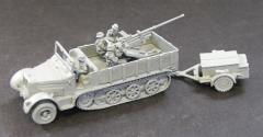 SdKfz 7/2 8 ton w/Flak 36 37mm, Ammo Trailer, and Crew