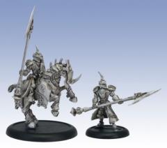 Fane Knight Skeryth Issyen - Mounted and on Foot