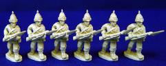 British Infantry w/Dress Helmet - Advancing