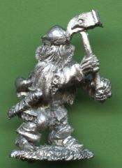 Dwarf w/Two-Handed Hammer