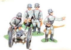 12cm Howitzer w/Stalhelm Crew