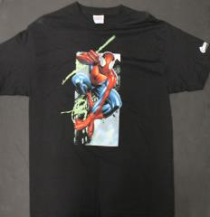 Spider-Man Swinging in the City T-Shirt (L)