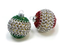 Small Christmas Ornaments in Chainmail Covered Glass - Red & Green Set