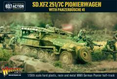 SD.KFZ 251/7C Pionierwagen w/Panzerbusche 41