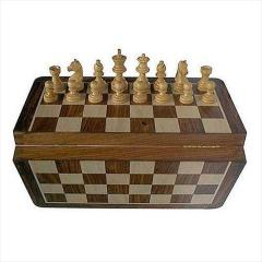 "7"" Magnetic Folding Chess Set"