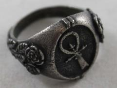 Signet Ring - Camarilla (Medium 9)