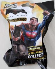 Batman vs. Superman - Dawn of Justice Gravity Feed Booster Pack
