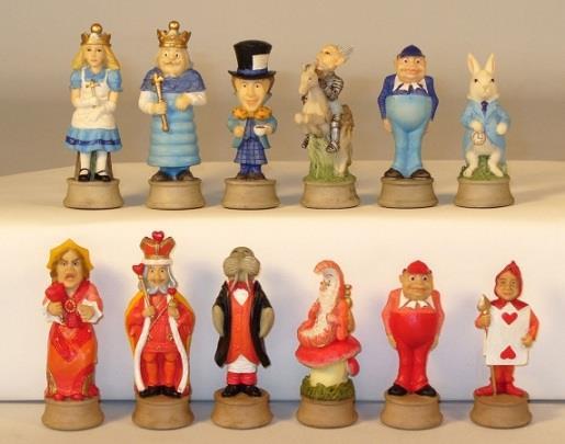Worldwise Chess  & Chess Accessori 3  Alice in Wonderle vs. regina of  scatola MINT  varie dimensioni